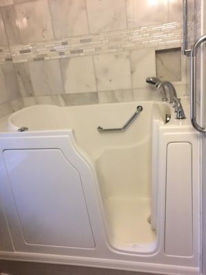 Accessible Bathtub in Cincinnati by Independent Home Products, LLC